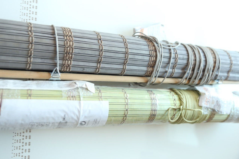 Modern Printed Bamboo Patio Shades Weaving With Raffia For Coffee Bar